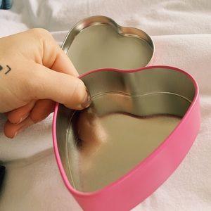 L'OCCITANE Accessories - L'occitane - heart non amour tin